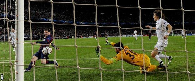 Barcelona v Paris St-Germain