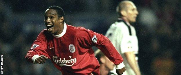 Paul Ince celebrates scoring for Liverpool against Man Utd in 1999