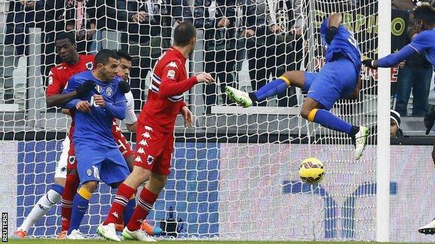 Patrice Evra scores