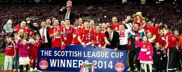 Aberdeen win the League Cup final