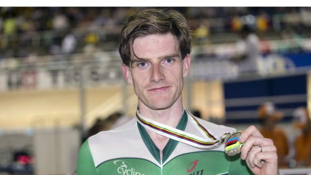 Newtownards cyclist Martyn Irvine won a silver medal in the men's 50km scratch race at the World Track Cycling Championships in Cali, Colombia, his third world championship medal.