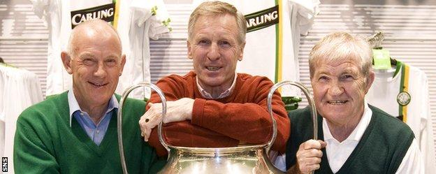 Bobby Lennox, Billy McNeill and Bertie Auld with the European Cup