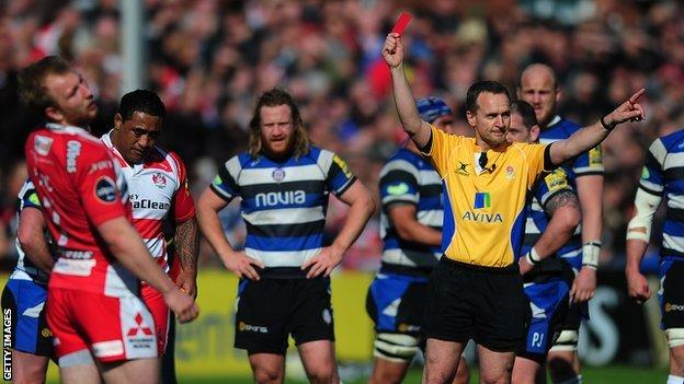 Sila Puafisi is sent off for Gloucester