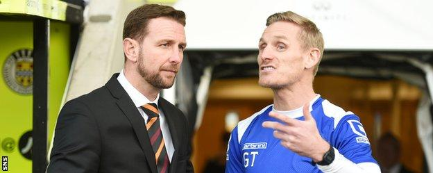 Motherwell manager Ian Baraclough chats with St Mirren counterpart Gary Teale before kick-off