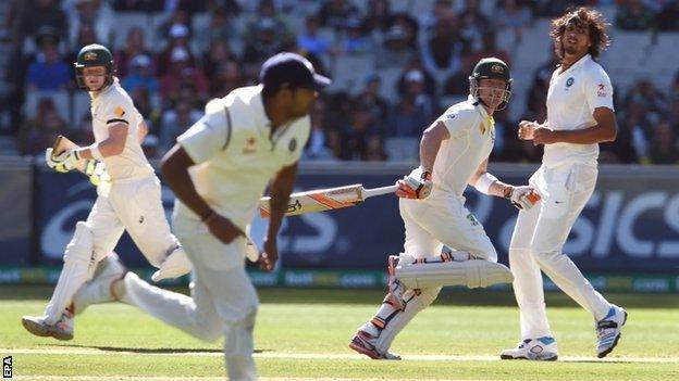 Australia pair Brad Haddin and Steven Smith run between the wickets