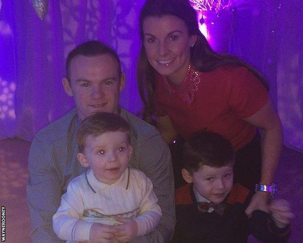 Wayne Rooney Instagram Christmas family picture