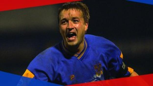 Shrewsbury's Nigel Jemson celebrates