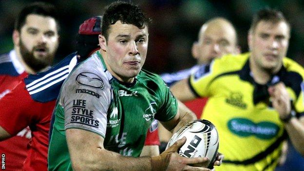 Connacht's Robbie Henshaw makes a break in the Pro12 game against Munster