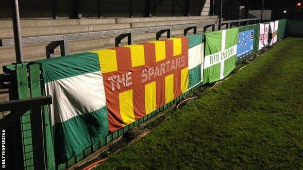 Blyth fans lay out their flags