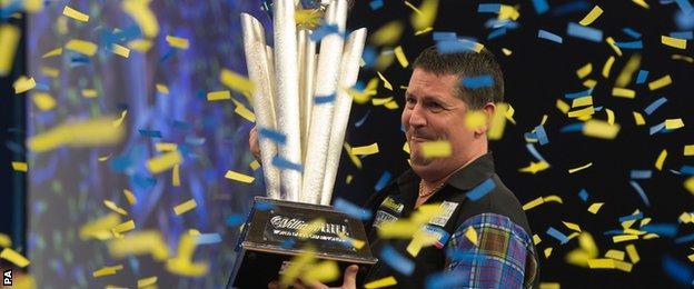 Gary Anderson celebrates