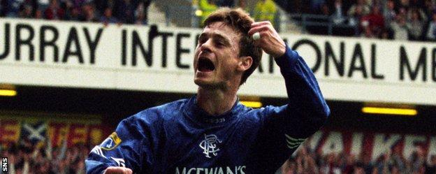 David Robertson in action for Rangers