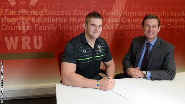 Ospreys flanker Dan Lydiate is one of six players to have signed a dual contract so far