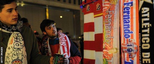 Fernando Torres scarves