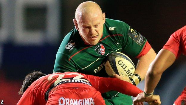 Dan Cole on the charge for Leicester against Toulon