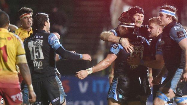 Glasgow celebrate DTH van der Merwe's try against Scarlets
