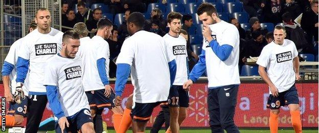 Montpellier players wear supportive T-shirts