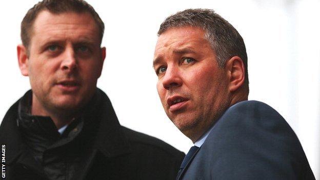 Darragh MacAnthony (left) with Darren Ferguson