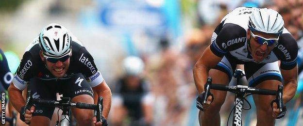 Mark Cavendish sprints against Marcel Kittel during the 2014 Tour of Britain