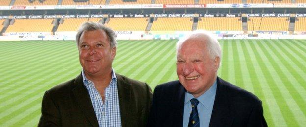 Rick Hayward and Sir Jack, Molineux 2003