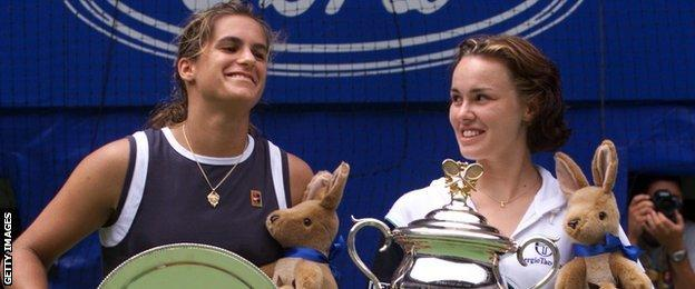 Amelie Mauresmo and Martina Hingis at the trophy presentation of the 1999 Australian Open
