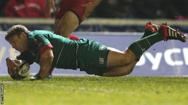 Tom Youngs dives over for the second of his two tries for Leicester