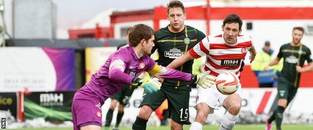 Hamilton Academical and Celtic players