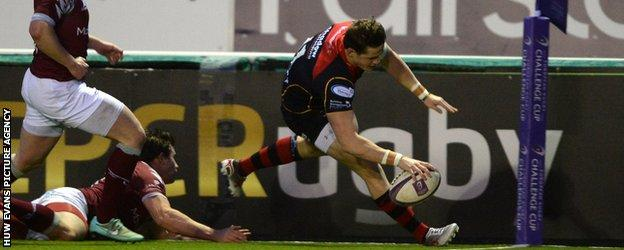 Dragons wing Hallam Amos claimed two tries for the visitors