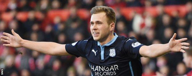 Greg Stewart celebrates after putting Dundee 2-1 ahead