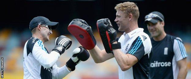 Andrew Flintoff (left) and Joe Root (right)