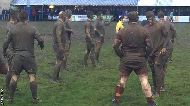 Mud match between Dings Crusaders and Cambridge