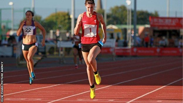 Seren Bundy-Davies is indoor U20 and senior 600m Welsh record holder
