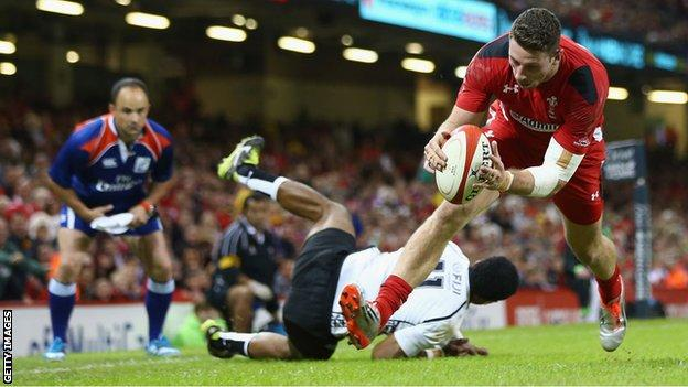 Alex Cuthbert touches down for Wales against Fiji