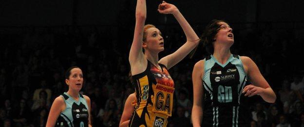 Helen Housby scores for Manchester Thunder