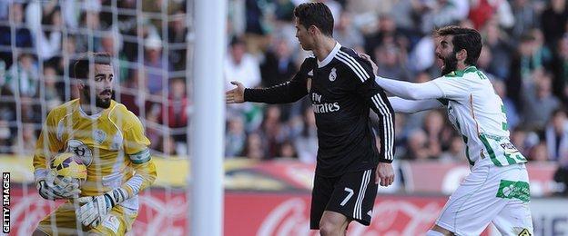 Ronaldo pleads his innocence in Cordoba