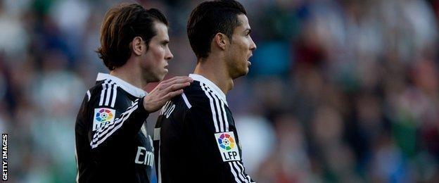 Gareth Bale consoles Cristiano Ronaldo