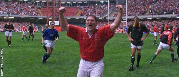 Peter Rogers celebrates as Wales beat South Africa for the first time in 1999