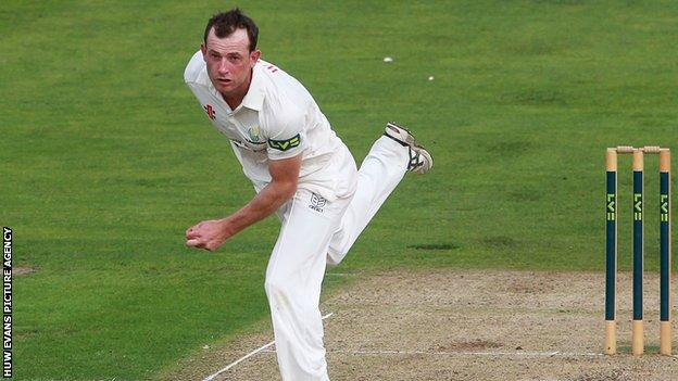 Graham Wagg in action for Glamorgan