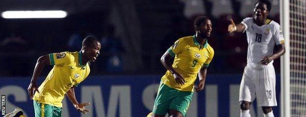 Mandla Masango (left) celebrates his goal