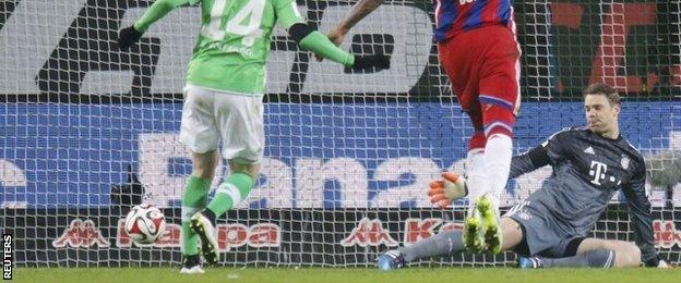 Manuel Neuer is beaten