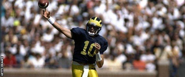 Quarterback Tom Brady in 1998