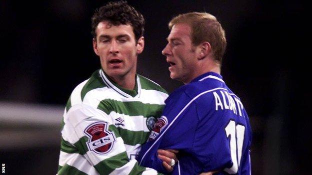Chris Sutton and Rangers' Jorg Albertz
