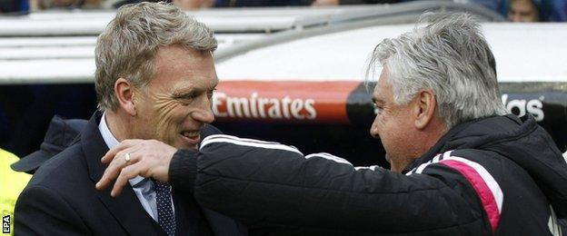 Real Sociedad manager David Moyes greets Real Madrid manager Carlo Ancelotti