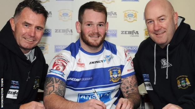 Workington Town signing Steve Scholey