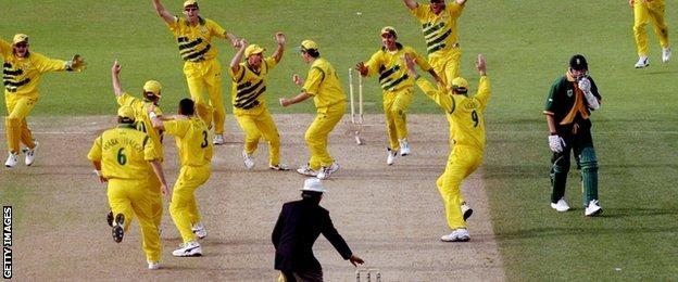 Australia celebrate as Allan Donald trudges off