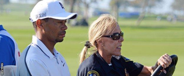 Tiger Woods withdraws from Torrey Pines opening round through injury