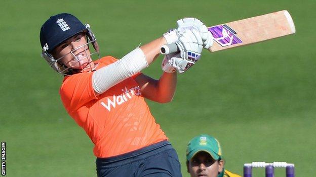 England batter Lauren Winfield