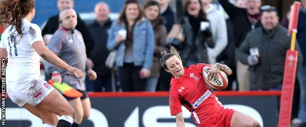 Laurie Harries scores Wales' second try against England