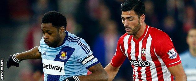Alex Song and Graziano Pelle