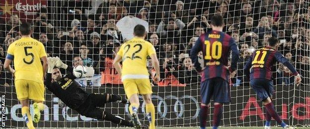 Neymar has a penalty saved