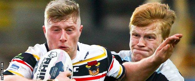 Bradford's Danny Addy and London Broncos loanee James Cunningham.